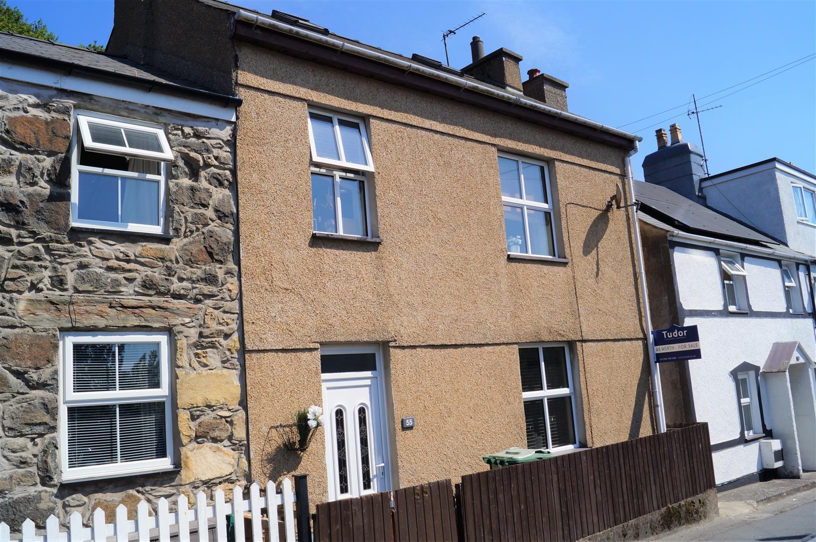 Lleyn Street, Pwllheli - £157,000/Price guide